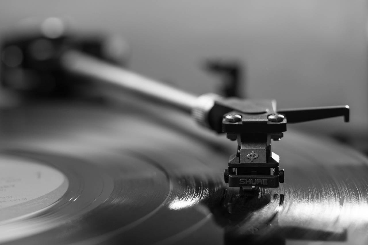 audiophile melophile Photo by Anton H from Pexels